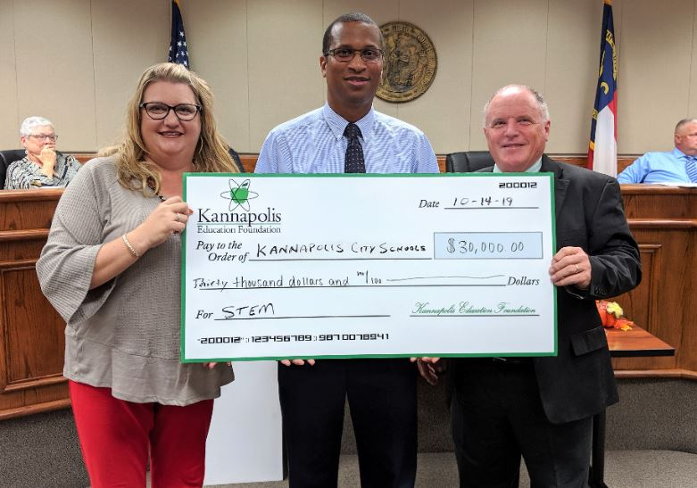 KCS receives $30,000 donation from Kannapolis Education Foundation